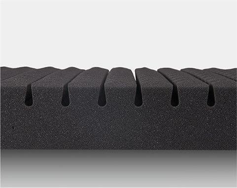 「点」構造で、適度な指圧効果も。