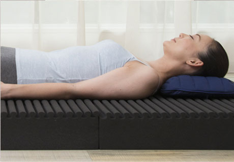 適度な高反発構造で寝返りをサポート。